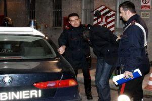carabinieri-15x10-arresto+auto