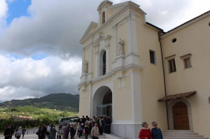 Cerreto-Sannita-Pellegrini-Santuario-Madonna-Grazie