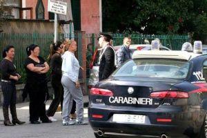 carabinieri-15x10--folla-napoli