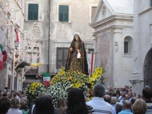 Madonna-Addolorata-processione