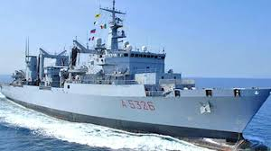 nave-militare-3