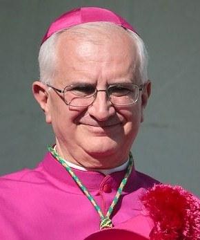Di+Cerbo-Valentino-Vescovo1