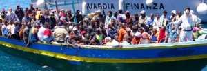migranti-barcone-finanza