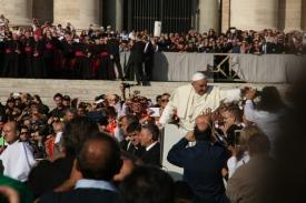Papa-fedeli-diocesi1