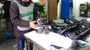 finanza-15x8-scarpe-false-2