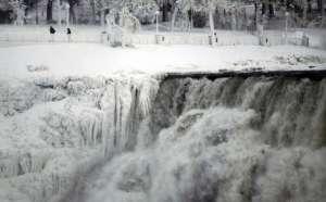 Niagara-cascate-ghiacciate3