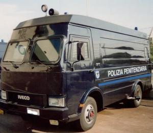 polizia-penitenziaria-blindato1