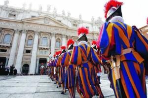 vaticano-guardie-svizzere-1