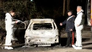 auto-incendiata-ris-1