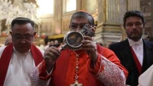 cardinale-urna-san-gennaro-1