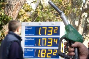 carburanti-erogatore-1