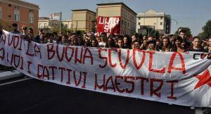 caserta-scuola-15x8-sciopero-2