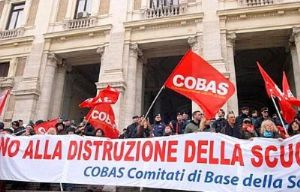 scuola-15x10-protesta-cobas-caserta-1
