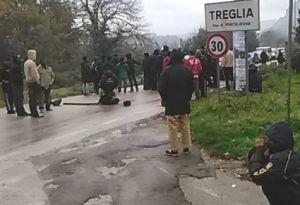 tregllia-15x10-profughi-sciopero-1