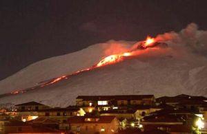 etna-15x10-neve-eruzione-1