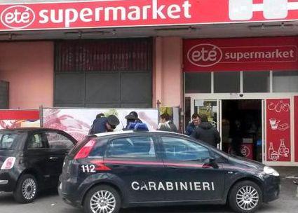 ottaviano-market-15x10-carabinieri-1