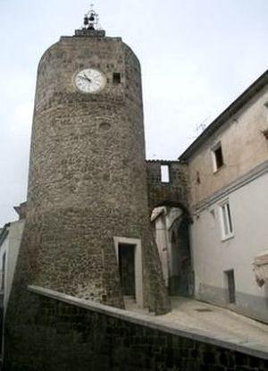Ruviano-11x15-torre-orologio