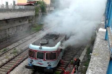 treno-15x10_fiamme-napoli-2